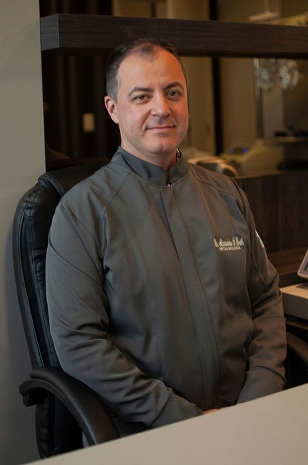 Dr. Alessandro Soares Both - Oftalmologista em Ponta Grossa